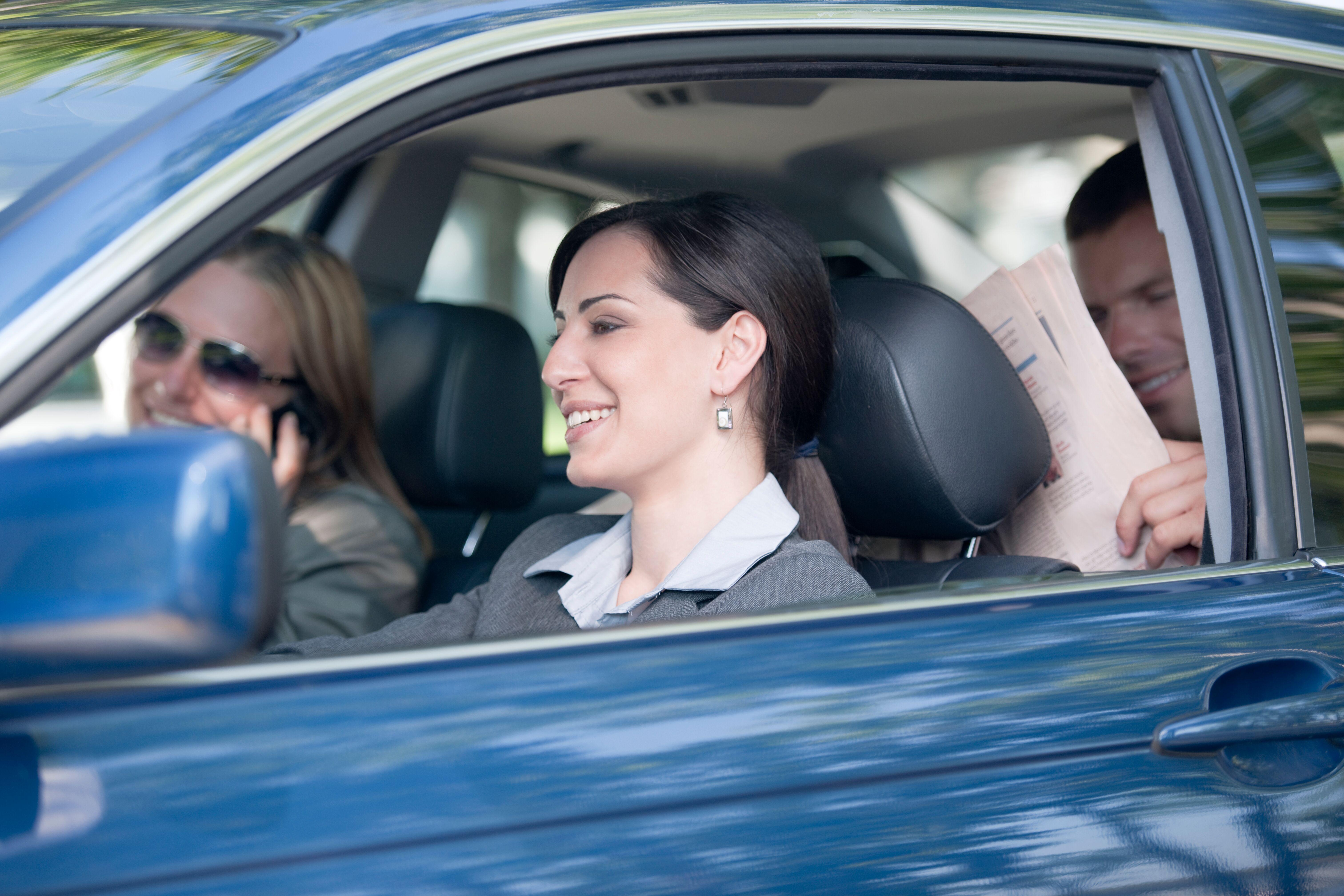 Carpooling: le Donne lo scelgono al posto dell'auto privata thumbnail