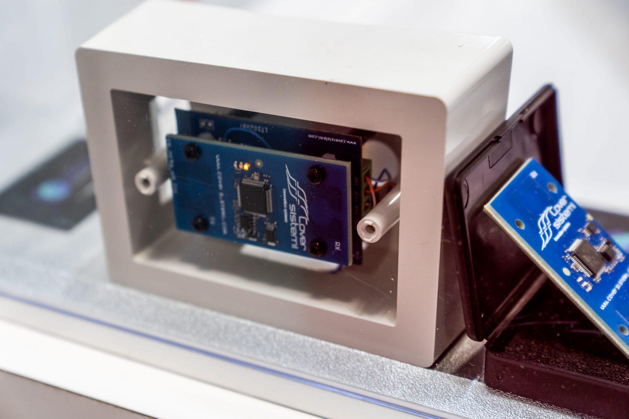 Aria Sensing: il rivoluzionario radar che vede attraverso i muri thumbnail