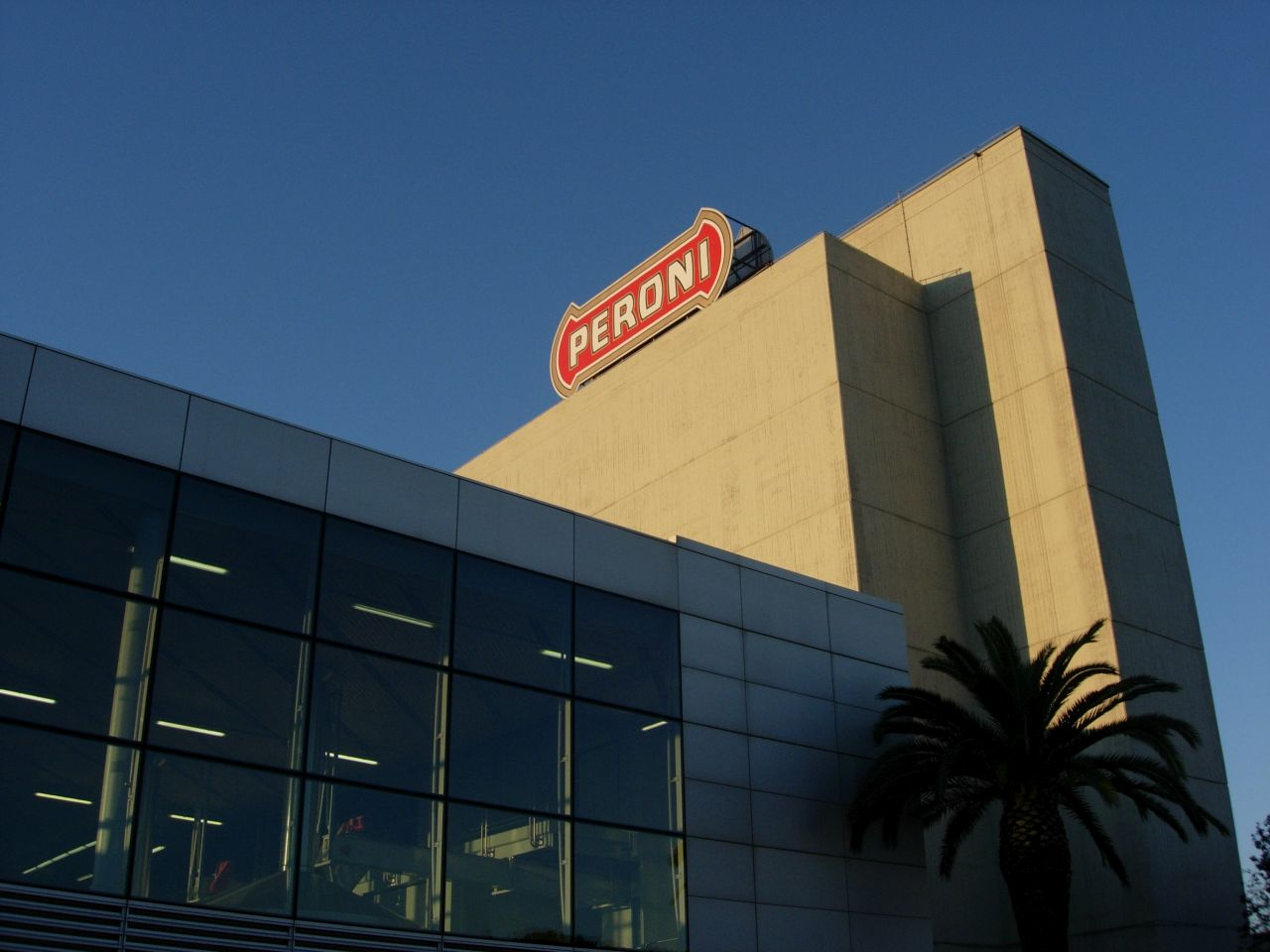 COVID-19: Birra Peroni in aiuto dei distributori del canale Ho.Re.Ca thumbnail