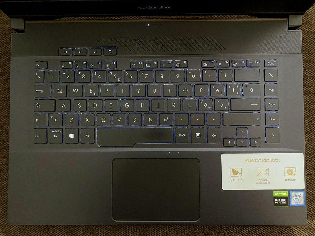 ASUS ProArt Studiobook Pro 15 recensione tastiera