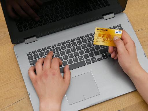 VISA, 4 nuovi toolkit digitali per supportare il business online di PMI e piccoli esercenti thumbnail