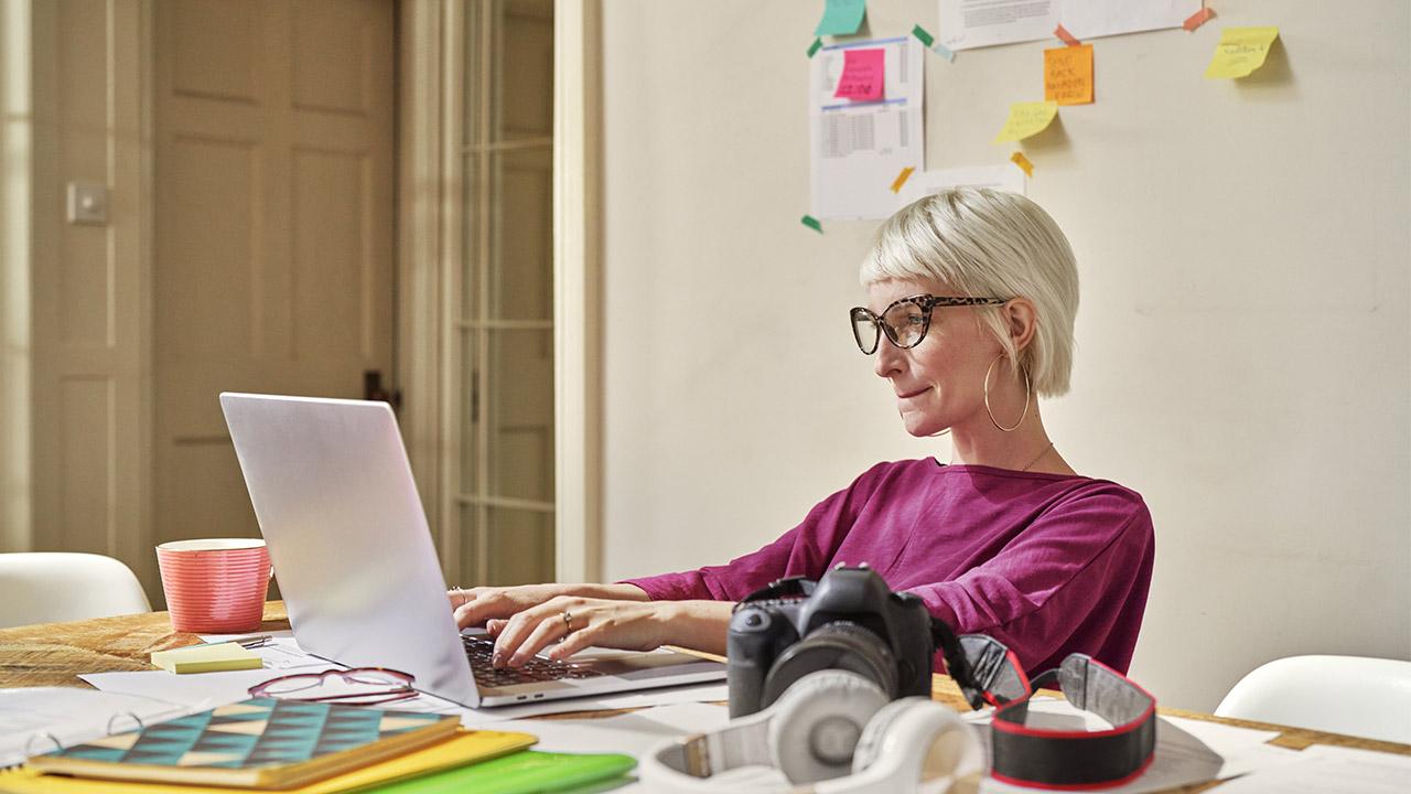 Donne e lavoro, le loro carriere sono frenate da una disparità di legittimazione thumbnail