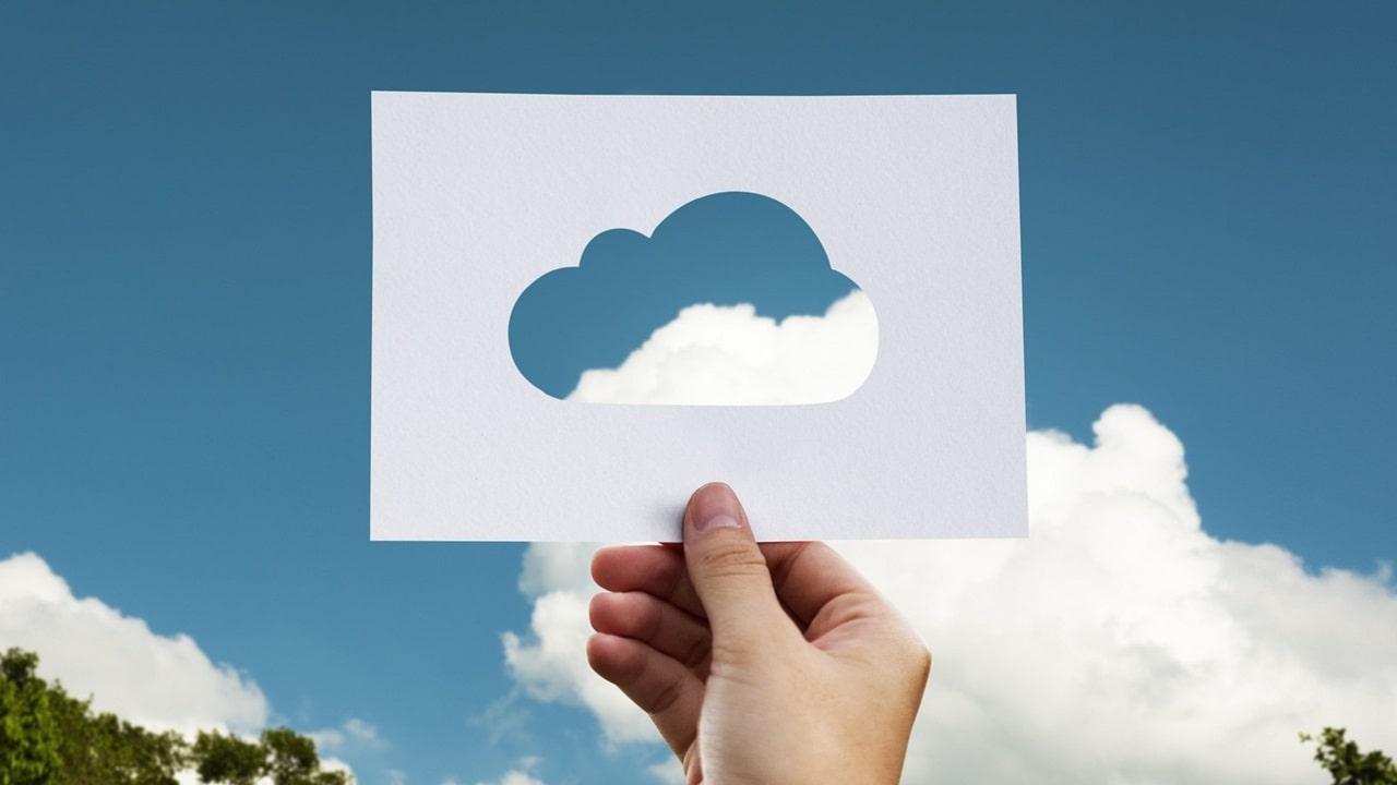 Dropbox verso l'acquisizione di DocSend, la startup per condividere documenti thumbnail