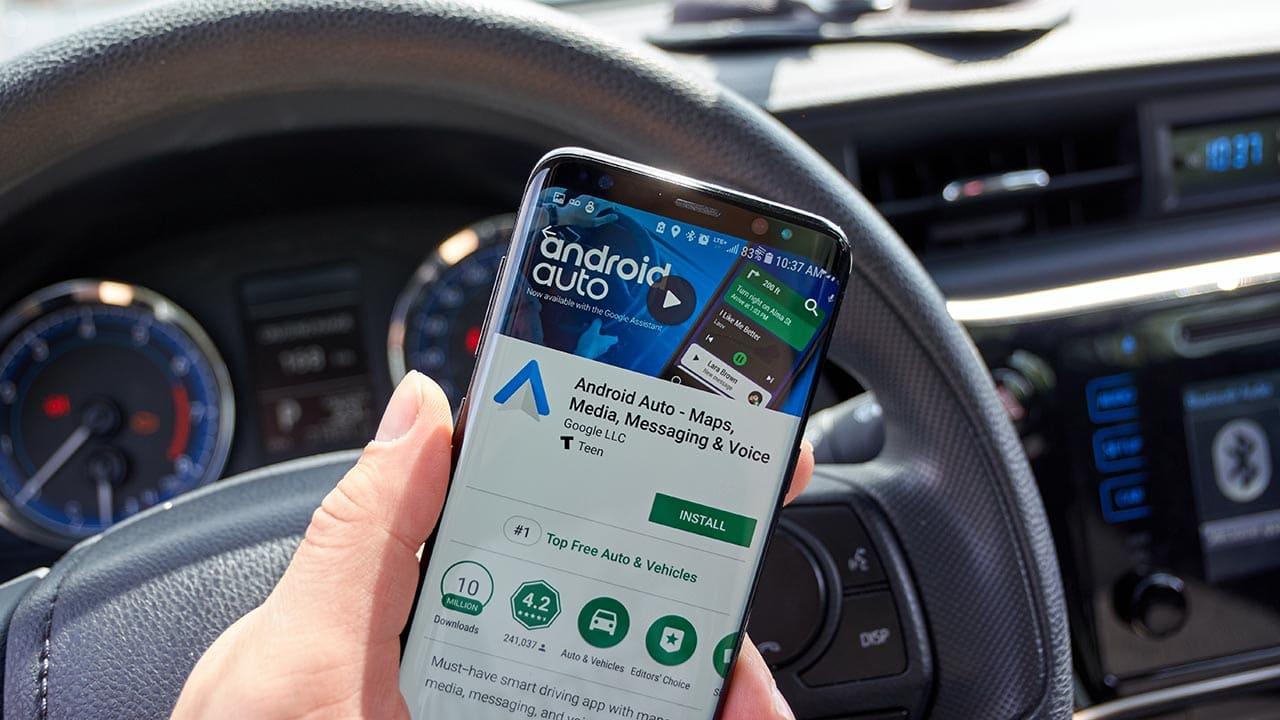 L'AGCM multa Google per il blocco di un app su Android Auto thumbnail