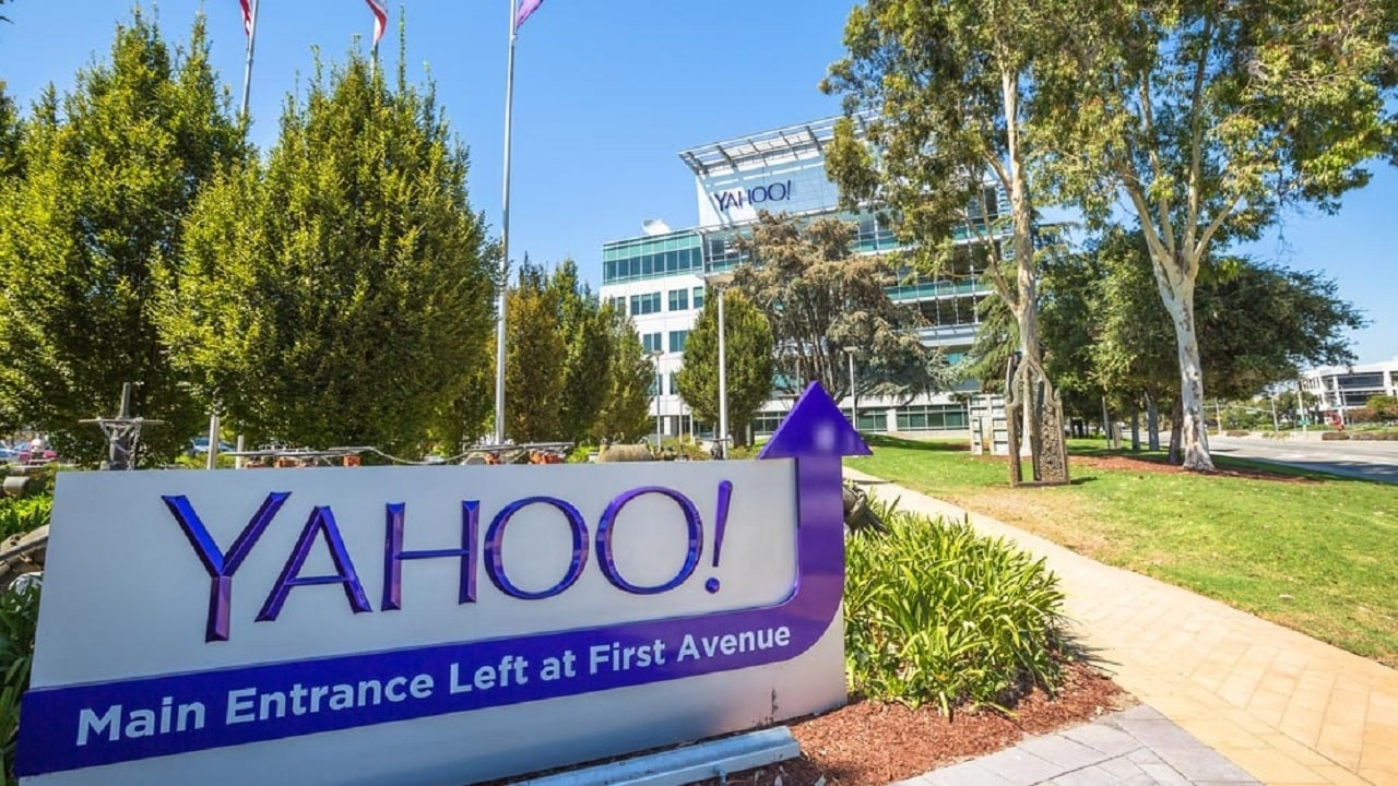 Verizon verso la vendita di Yahoo e AOL thumbnail
