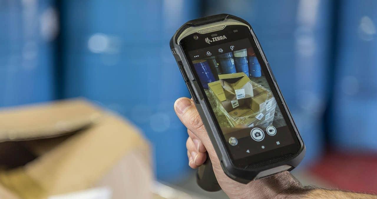 Zebra Technologies TC52ax, ecco il mobile computer per il retail con Wi-Fi 6 thumbnail