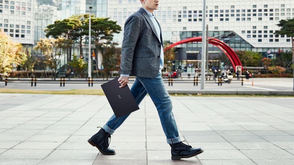 Notebook LG gram: il lavoro ibrido diventa più leggero thumbnail