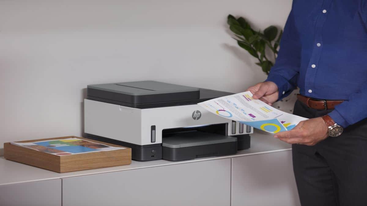HP lancia la serie di all-in-one Smart Tank 7000 pensate per chi stampa molto thumbnail